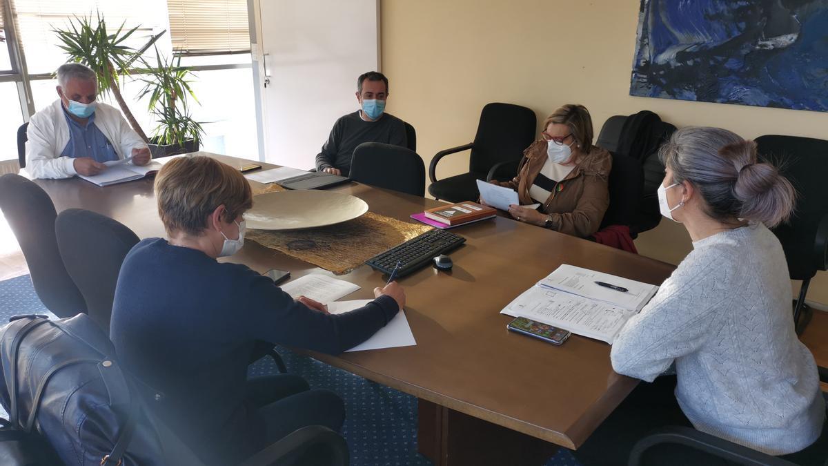 Reunión de los grupos políticos de Cangas, hoy  por la mañana.
