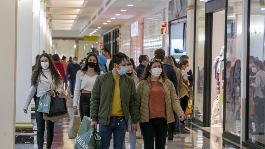 Así estaban los centros comerciales de Alicante el sábado
