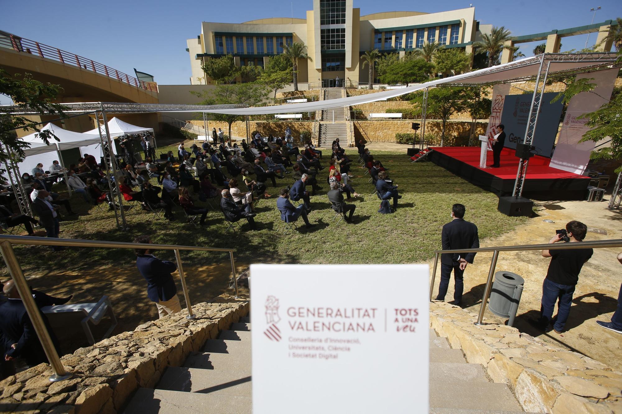 El Consell creará un instituto permanente para dar estabilidad a los investigadores