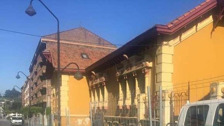 Comienzan las obras de reposición del tejado del Infanta Leonor