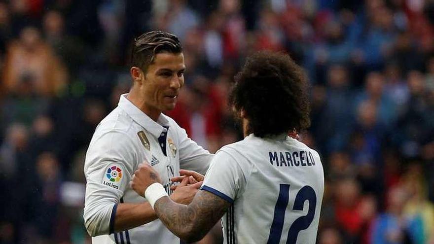 Marcelo arregla la desidia del Madrid con un gol en los últimos minutos