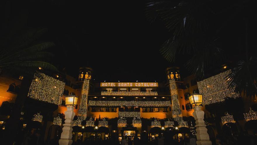 El hotel Santa Catalina se viste  de Navidad