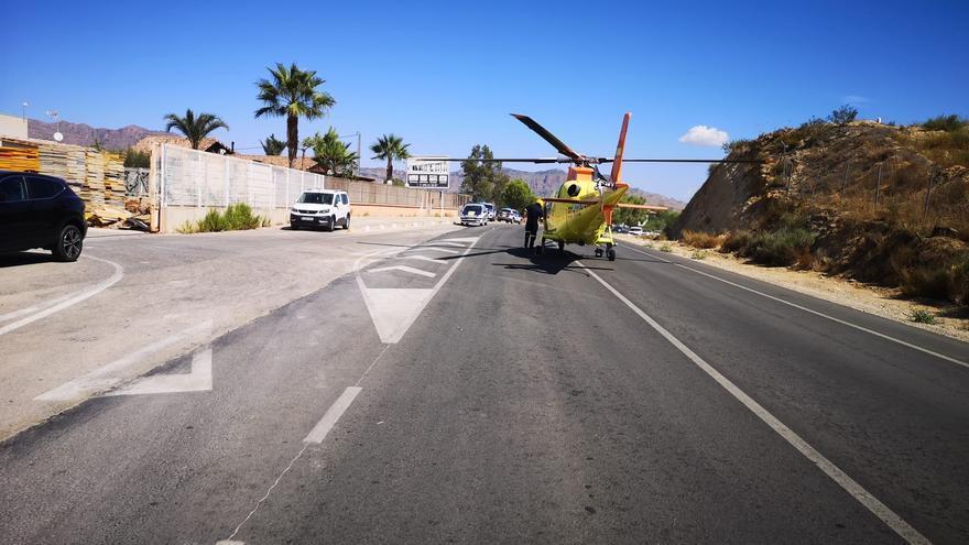 Evacuado en helicóptero un trabajador tras caer desde un tejado a siete metros de altura en Orihuela