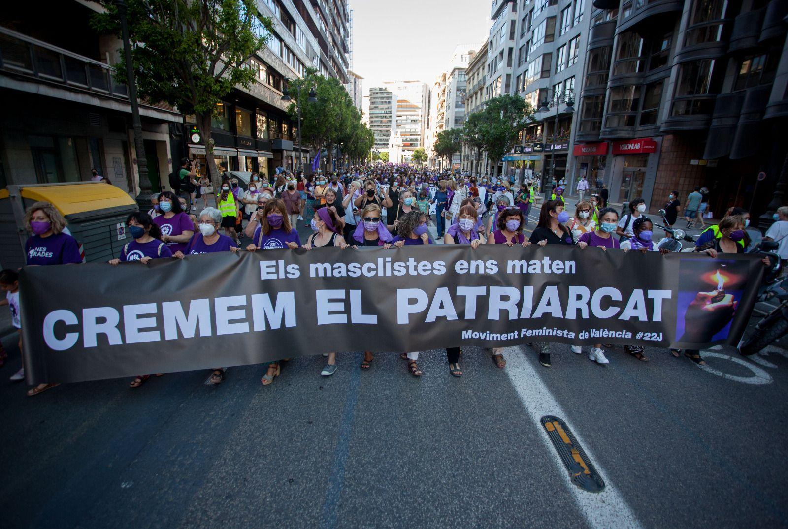 València clama contra los crímenes machistas