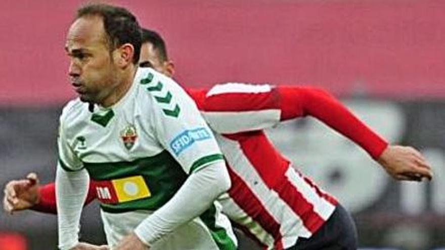 Nino alcanza los 800 partidos como profesional, 163 de ellos en el Tenerife