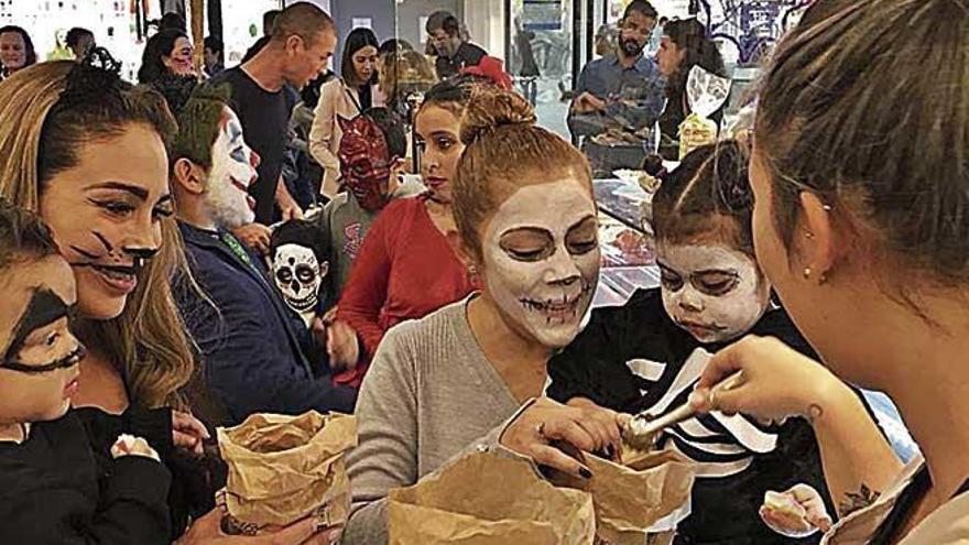 Porto Pi celebró un Halloween sin plásticos y con golosinas saludables