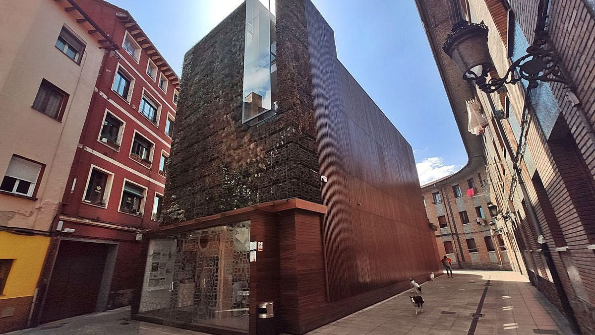 La Casa de Cultura de Moreda, donde se ofrecerán varios talleres. | A. Velasco