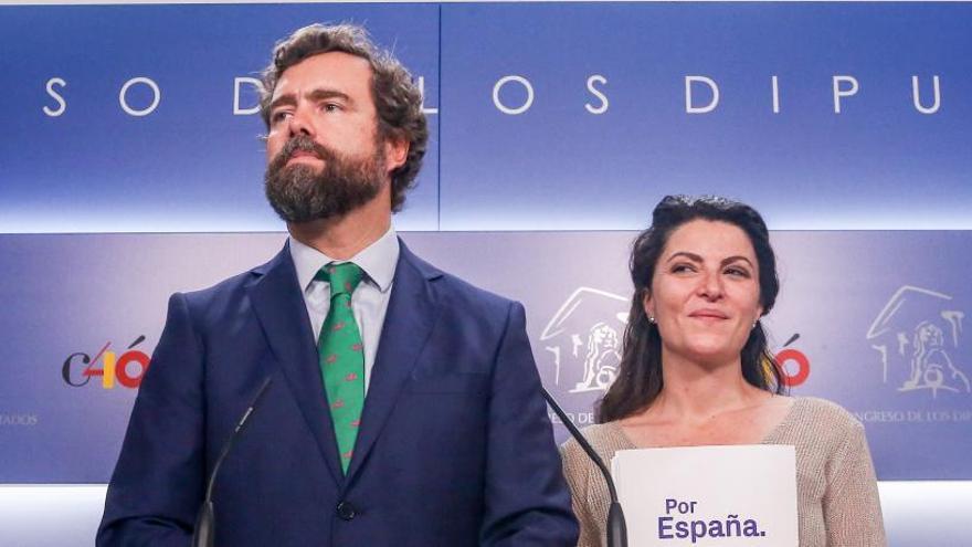 Vox advierte a Cs y a PP de que no apoya el pacto que han firmado en Zaragoza