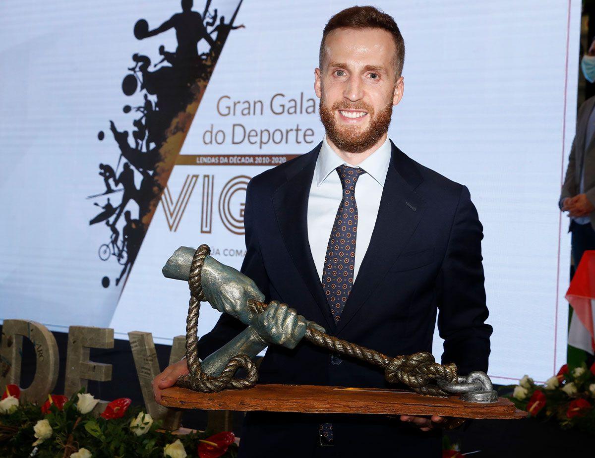 Adrián Alonso, Pola, mejor deportista de la decada