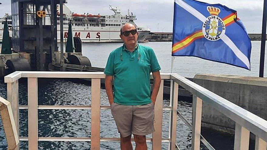 """El gijonés que organiza una regata en la isla en plena erupción: """"Es impresionante"""""""