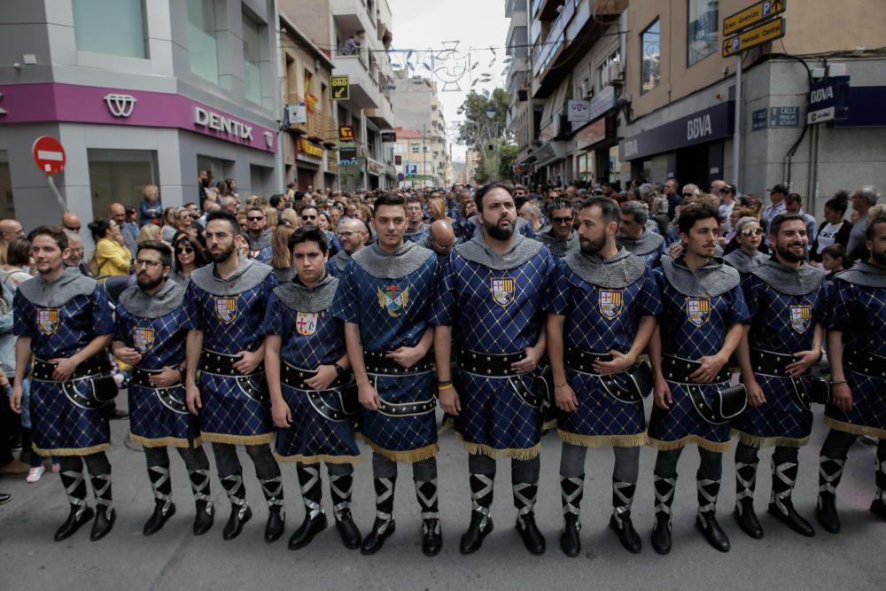 Desfile honorífico 75 aniversario de la Comparsa de Cristianos de Elda