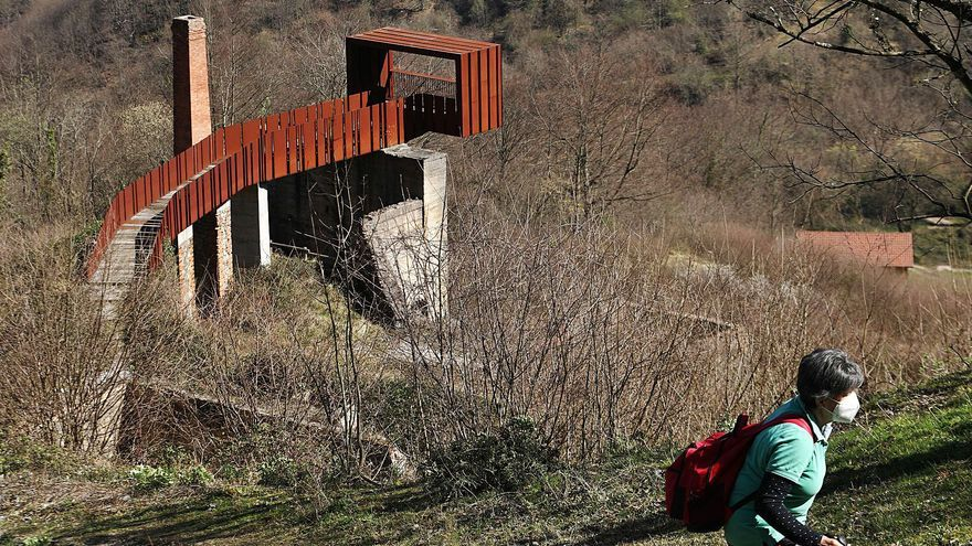 Riosa apolaza'l so milenariu legáu mineru y busca unificar la prehistórica mina de Texeo col Angliru