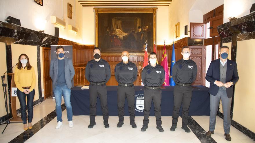 El Ayuntamiento de Caravaca de la Cruz suma cuatro nuevos agentes al cuerpo de la Policía Local