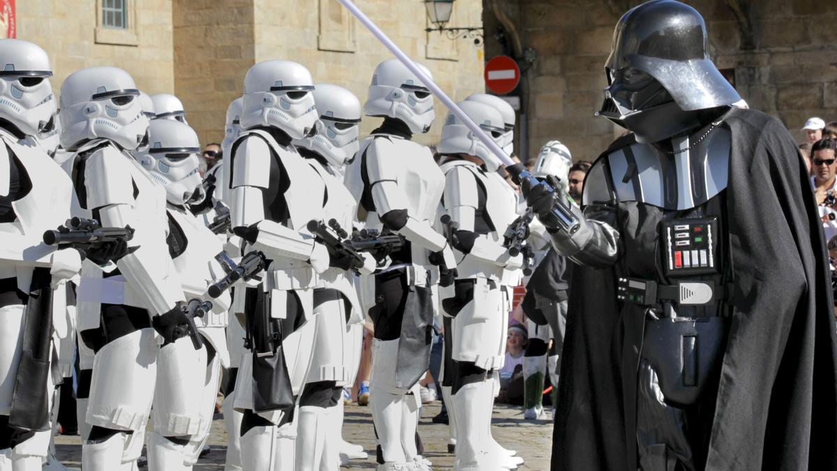 Darth Vader pasa revista a las tropas imperiales