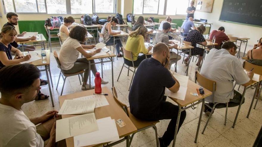 La capacitación de valenciano deja de ser requisito para las oposiciones de enseñanza