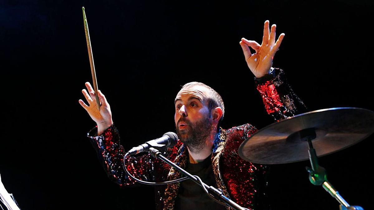 Peyu durant un dels seus espectacles teatrals. | DIARI DE GIRONA