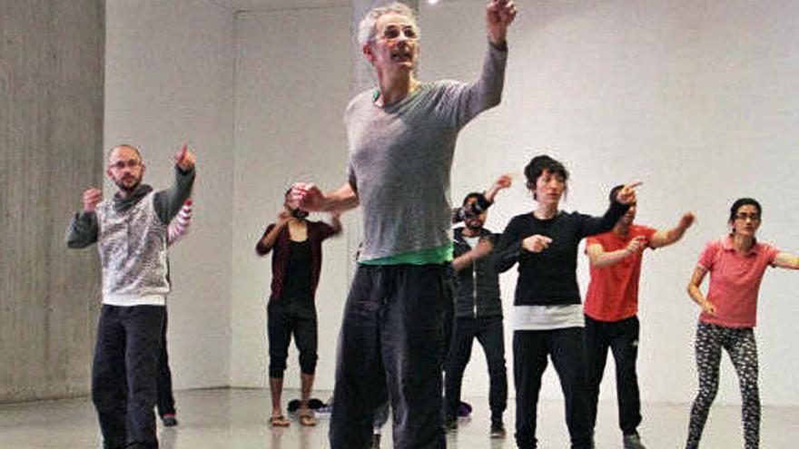 El gran proyecto internacional 'Dance?' inaugura la nueva temporada del CAAM