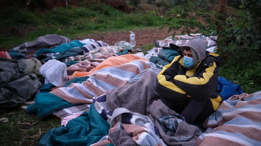 Protestas de inmigrantes en el campamento de Las Raíces