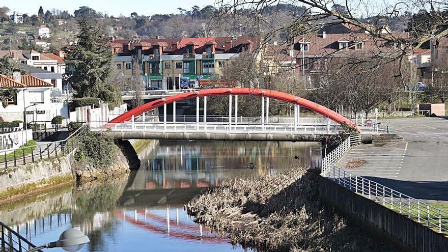 El Ayuntamiento cerrará el anillo navegable, pero propondrá llevar a los piragüistas a otra parte del río