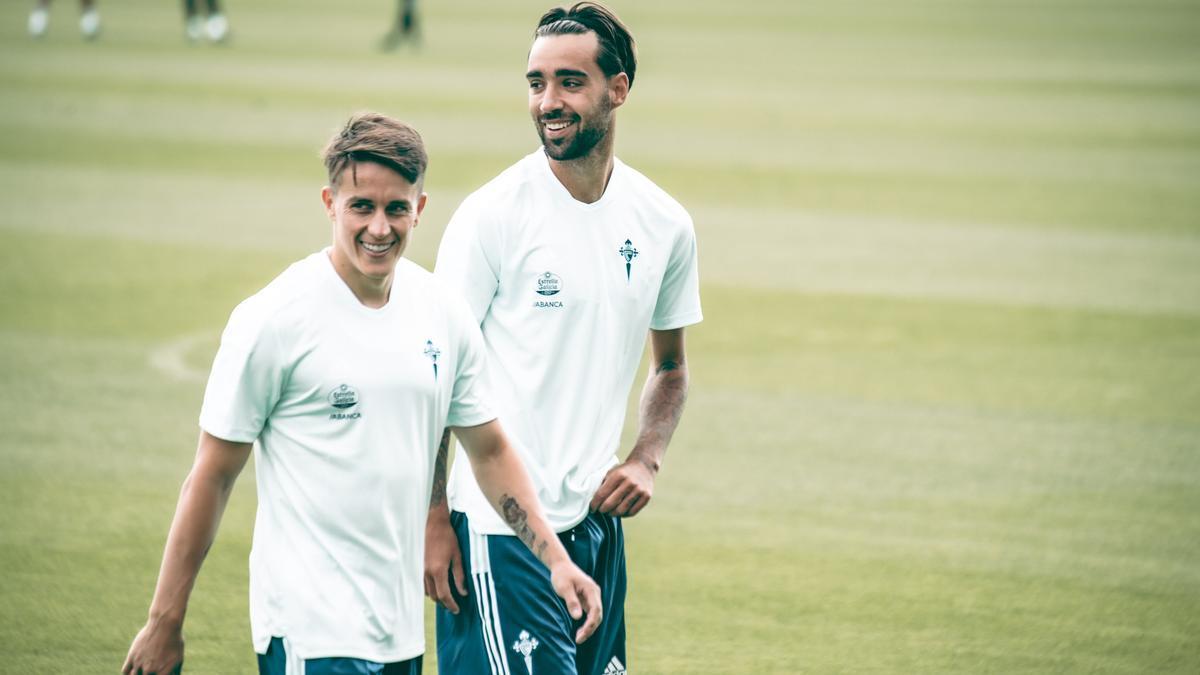 Brais Méndez y Franco Cervi, durante un reciente entrenamiento del Celta en Marbella