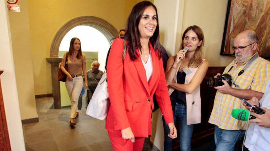 """Espino: """"Canarias no puede admitir que los PGE incumplan el REF y el Estatuto"""""""