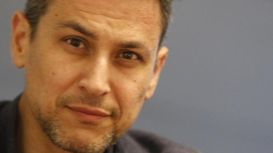 """Rodrigo Cortés: """"Blackwood subvierte las reglas propias del género adolescente"""""""