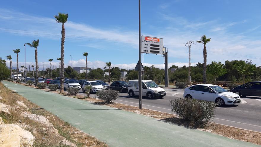 Las obras del TRAM saturan el tráfico en la entrada a Benidorm por Beniardá