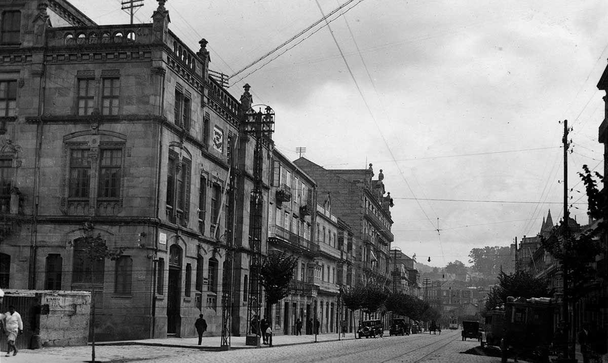Escuela de Artes y Oficios 1920 -1936