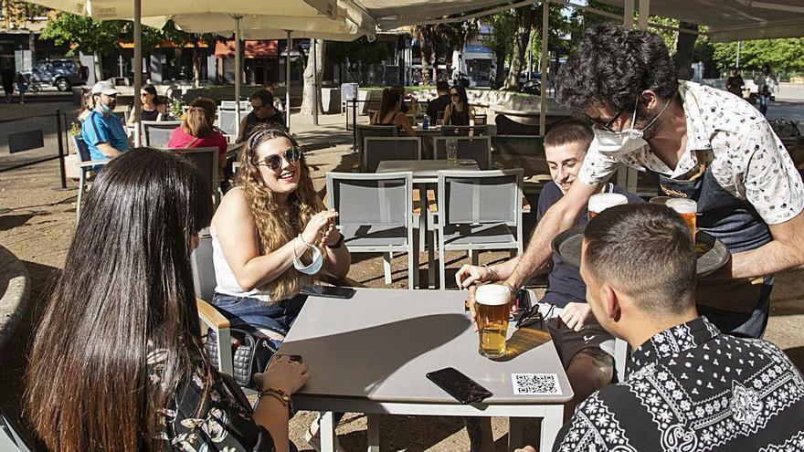 El paro escala hasta los 12.539 desempleados  en Zamora y se ceba con el sector servicios