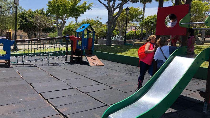 El Ayuntamiento reabre los parques infantiles y los centros deportivos municipales