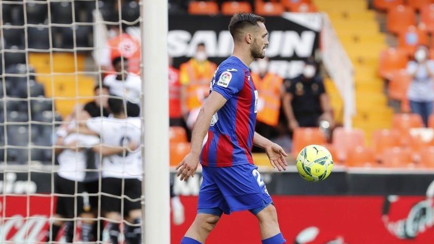 El Eibar desciende a Segunda y Getafe y Alavés se salvan
