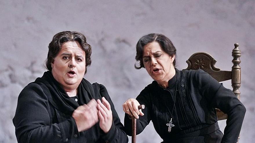«Alguien tiene que cantarle las cuarenta a Bernarda Alba»