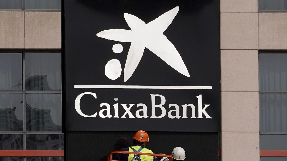 Una imagen del logo de CaixaBank