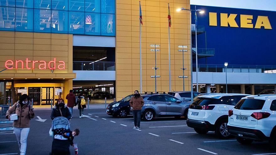 Ikea y los centros comerciales quedan fuera del cierre