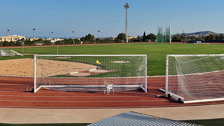 La UD Ibiza vuelve a casa para enfilar su debut en Segunda