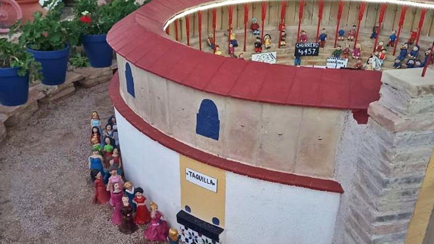 La Hoya ya tiene su plaza de toros (en miniatura)