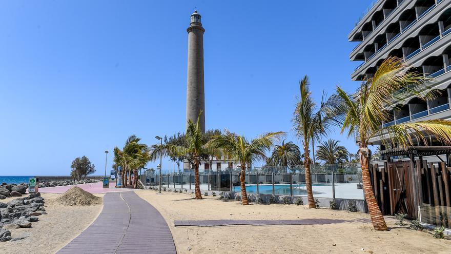 Las pernoctaciones en apartamentos turísticos caen un 72,87% en agosto en Canarias