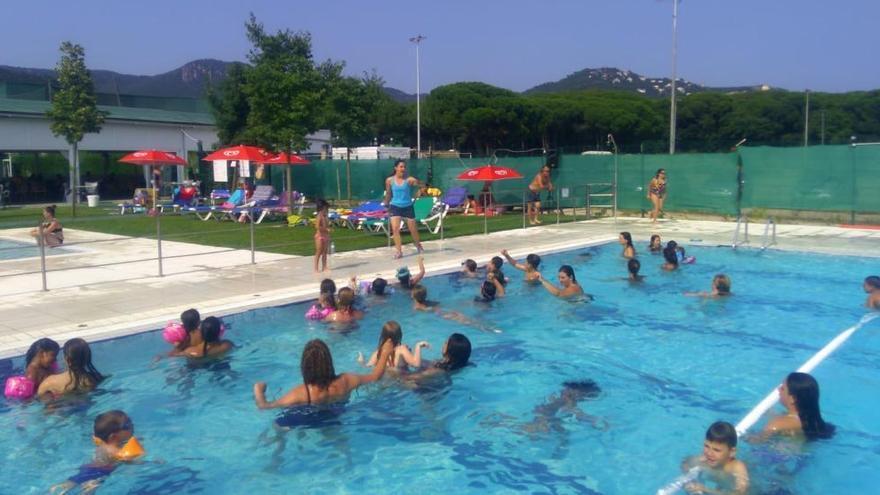 Rebutjada la rescissió del contracte de la piscina de Santa Cristina d'Aro