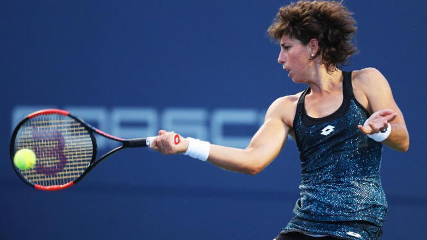 Carla Suárez, con paso firme, está en octavos de Wimbledon