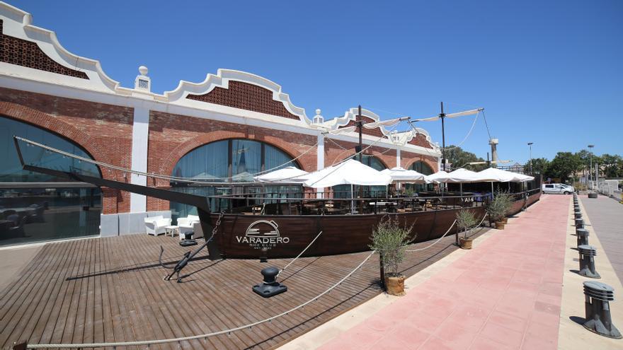 Varadero, esencia mediterránea desde la cubierta de un barco