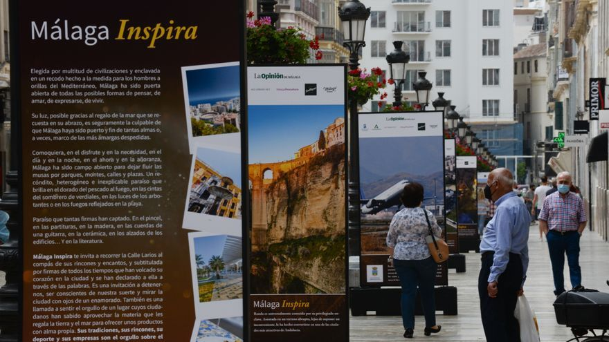 Exposición #MálagaInspira a la calle Larios