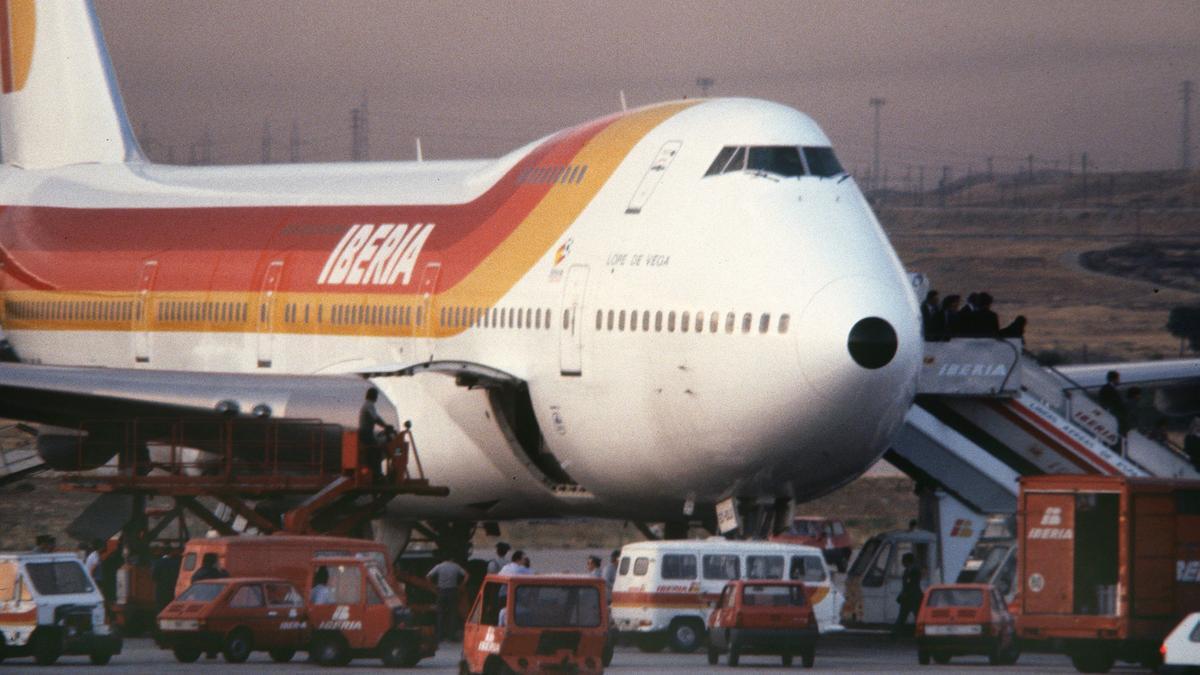 El avión que transportó el cuadro de Guernica.