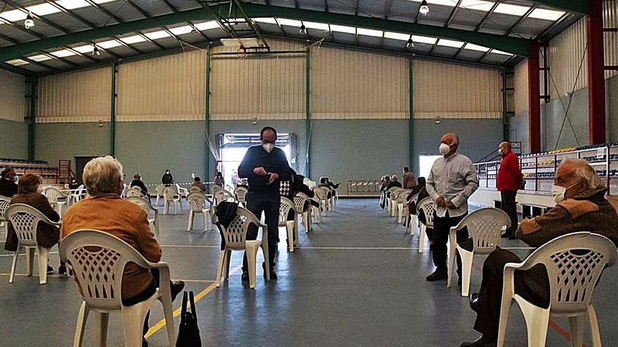 Segunda ronda de vacunación de mayores en Corrales del Vino