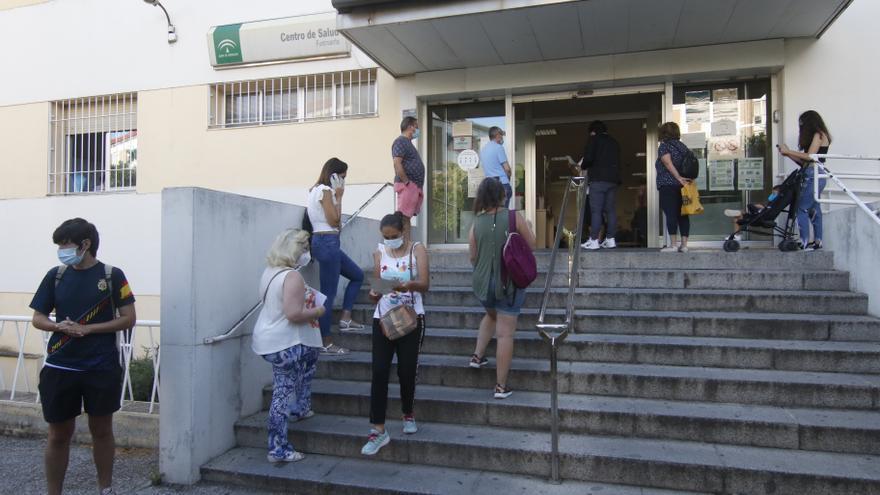 La espera para conseguir cita con el médico de familia en Córdoba llega a las dos semanas
