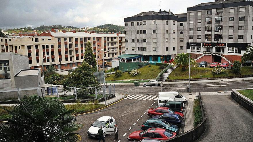 Los socialistas denuncian que el PP rechazó en Santiago retomar el proyecto para Monte Porreiro