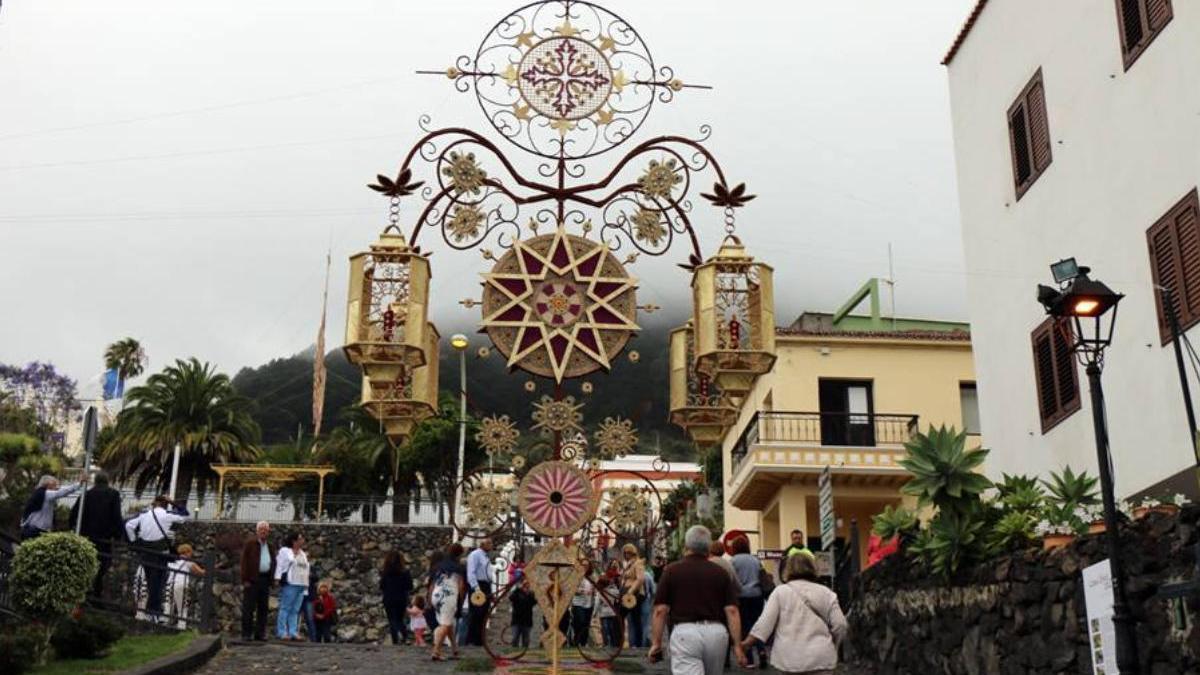 Celebración del Corpus Christi en Mazo.