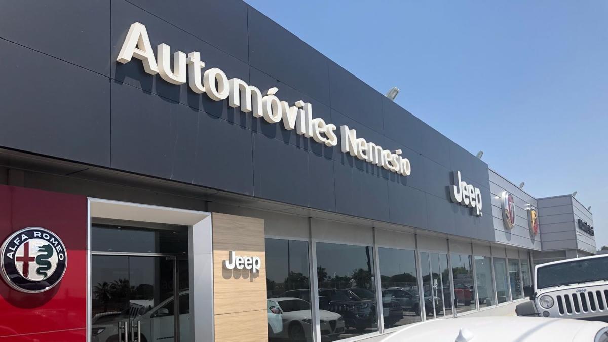 Las instalaciones de Automóviles Nemesio de la carretera Torrent-Picanya.