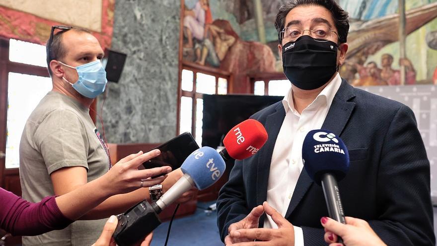 Martín aboga por tomar medidas restrictivas en Tenerife sin subir de nivel