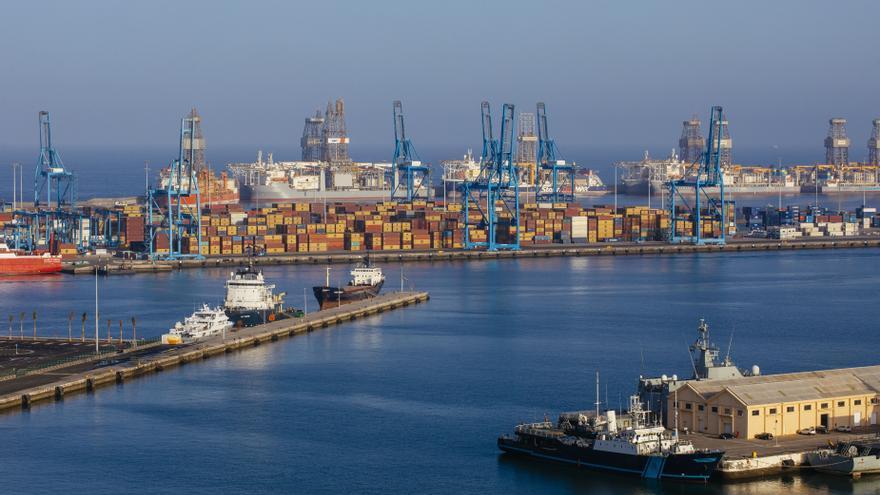 El Puerto mejora la seguridad con una nueva ordenanza de reparación naval