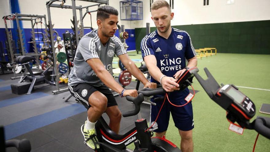 El Leicester cierra el traspaso de Ayoze por 33 millones de euros